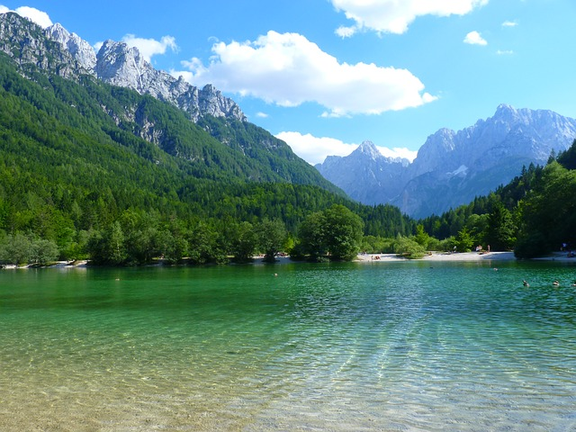 Slovenia boasts 87 thermal springs on its territory and 14 very well equipped thermal springs for health cures and spas are dispersed over the entire country