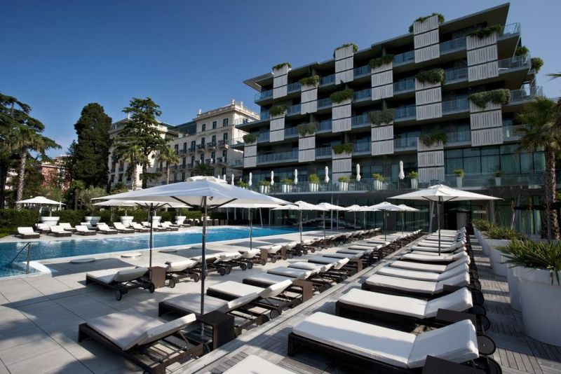 Kempinski Palace Portorož. The 5-star Superior hotel features 164 Superior and Deluxe rooms, 17 exclusive suites including a luxurious 230 sq m Presidential Suite and two rooftop Laguna Suites with open-air whirlpool baths.