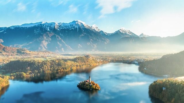Slovenia is often understated as travel destination. However, this little gem is home to natural beauty, varying from the mountain ranges of the Julian Alps over gorges to vast lakes, such as the highlight of the region: Lake Bled.