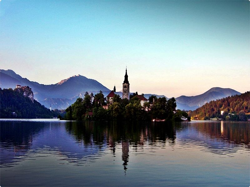 The Church of the Assumption (9am-7pm daily summer, €6) is on the small island in the middle of the lake