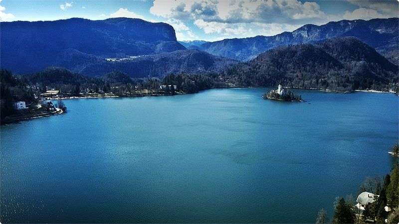 Something you will certainly love about Lake Bled is that you can walk around the whole border of it.